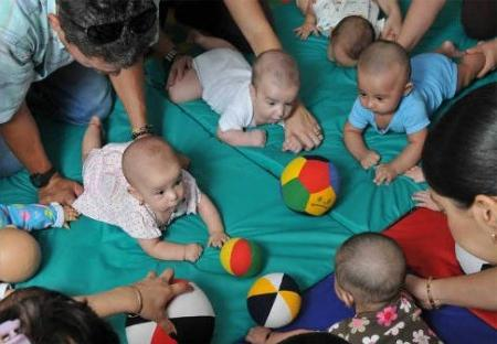 Gymnastics for the newborn. Physical development of infants