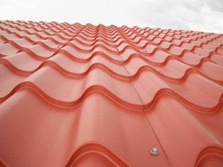 roofing from metal tile installation