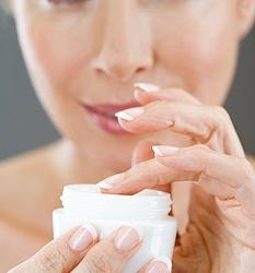 Cream with hyaluronic acid - an assistant in the struggle for youth and beauty
