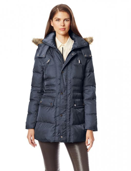 How to choose the warmest female down jacket? Women's fur coats with fur: advantages and disadvantages