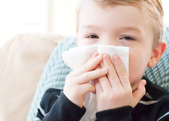 runny nose in a child treated with folk remedies